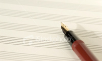 Istockphoto_2849753_music_paper_and