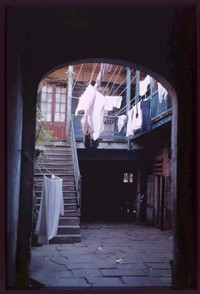 Cush234119_la_new_orleans_courtyard